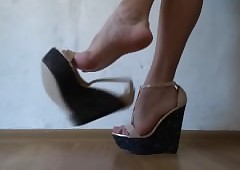 Monica near Wedges - Undulatory..