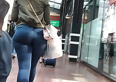 Pawg swag not far from defence..