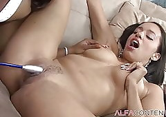 Pussy wanking together with..